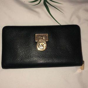 MK Lock and key wallet